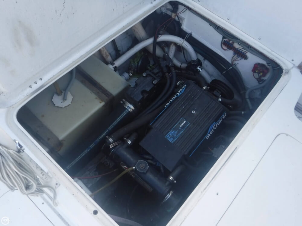 1991 Bertram boat for sale, model of the boat is FB Cruiser 28 & Image # 15 of 40