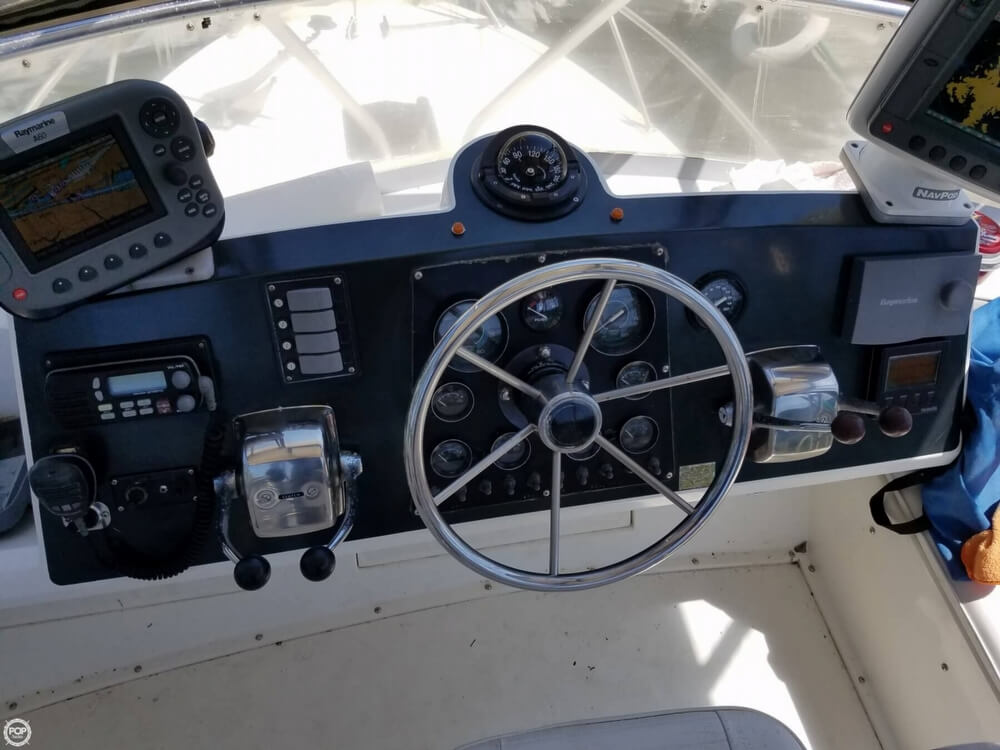 1991 Bertram boat for sale, model of the boat is FB Cruiser 28 & Image # 20 of 40