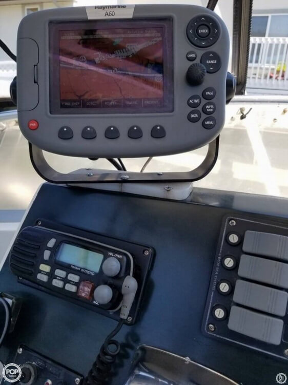 1991 Bertram boat for sale, model of the boat is FB Cruiser 28 & Image # 21 of 40