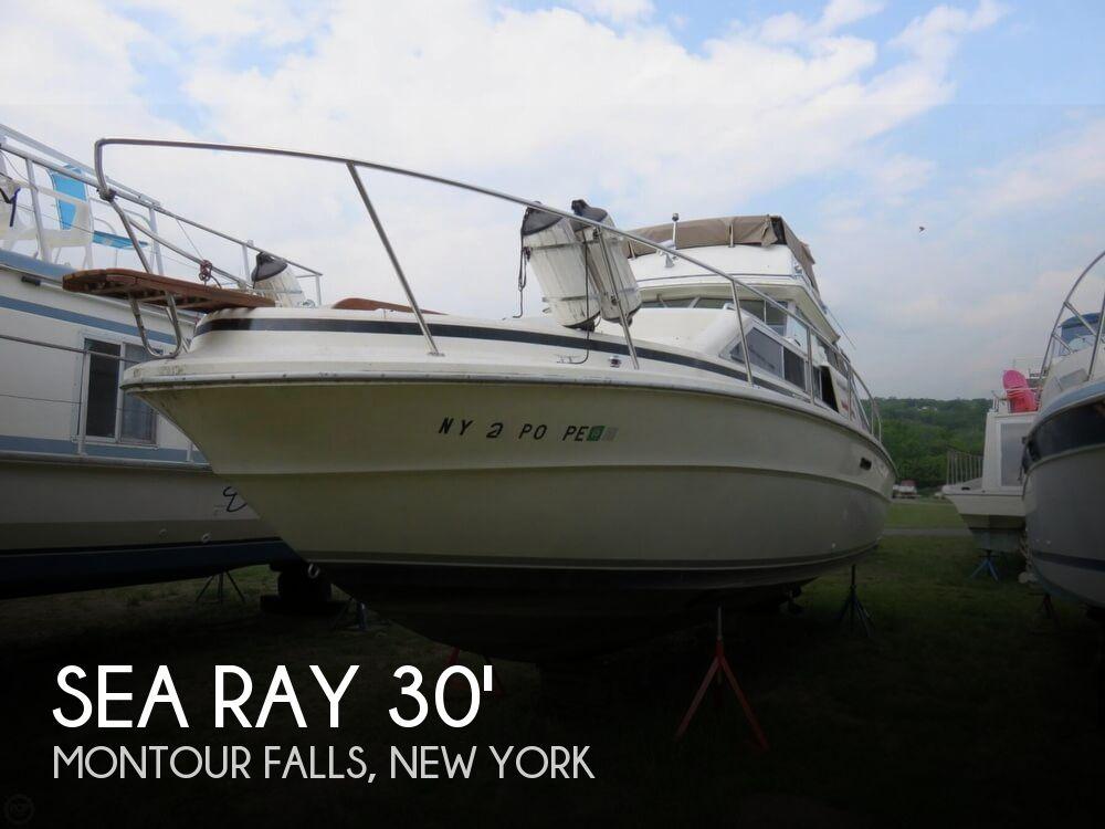 1979 Sea Ray boat for sale, model of the boat is 300 Sedan Bridge & Image # 1 of 40