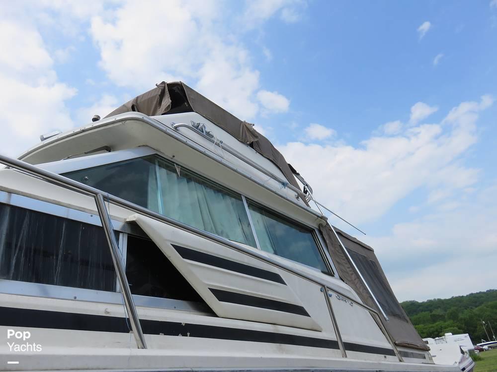 1979 Sea Ray boat for sale, model of the boat is 300 Sedan Bridge & Image # 5 of 40