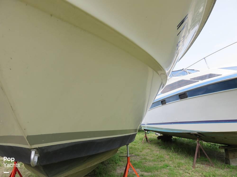 1979 Sea Ray boat for sale, model of the boat is 300 Sedan Bridge & Image # 16 of 40