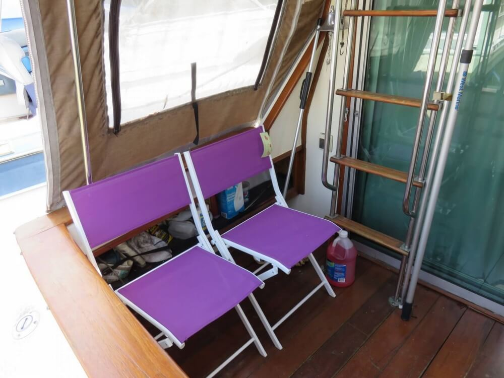 1979 Sea Ray boat for sale, model of the boat is 300 Sedan Bridge & Image # 28 of 40