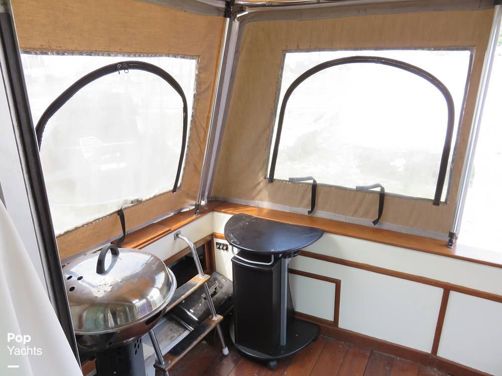 1979 Sea Ray boat for sale, model of the boat is 300 Sedan Bridge & Image # 36 of 40