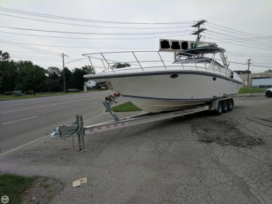 2005 Fountain 38 Sportfish Cruiser - #4