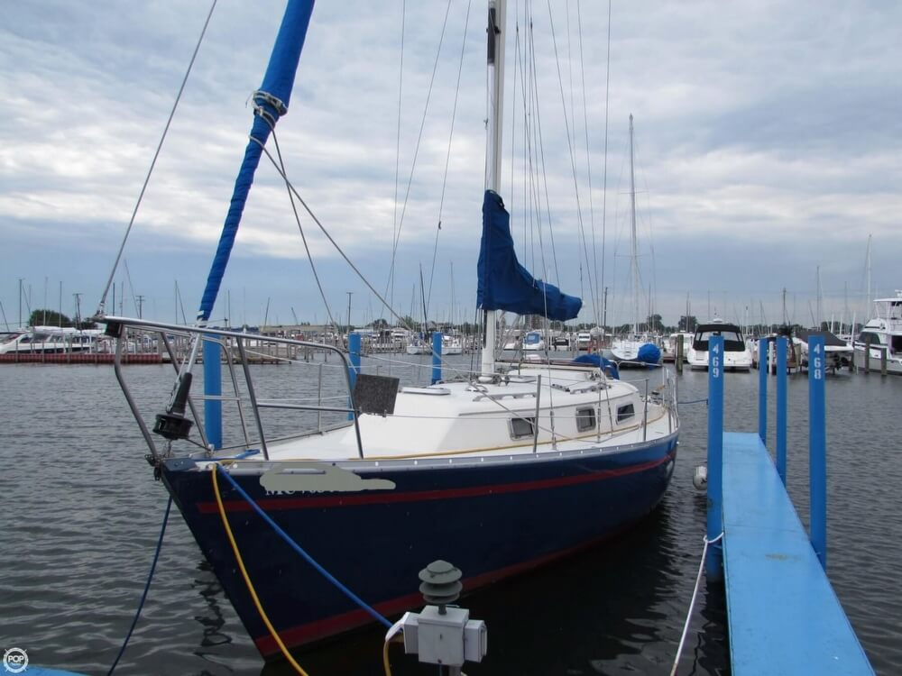 1985 Irwin boat for sale, model of the boat is 31 Citation & Image # 10 of 40