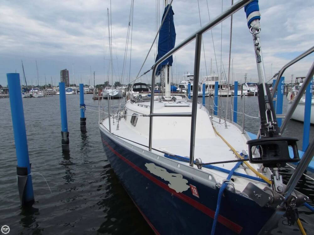 1985 Irwin boat for sale, model of the boat is 31 Citation & Image # 13 of 40