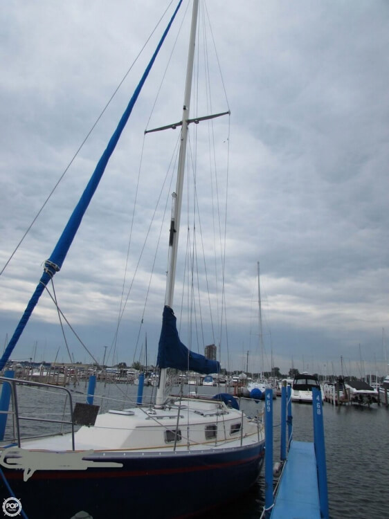 1985 Irwin boat for sale, model of the boat is 31 Citation & Image # 15 of 40
