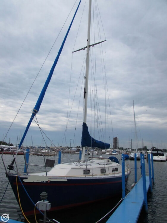 1985 Irwin boat for sale, model of the boat is 31 Citation & Image # 16 of 40