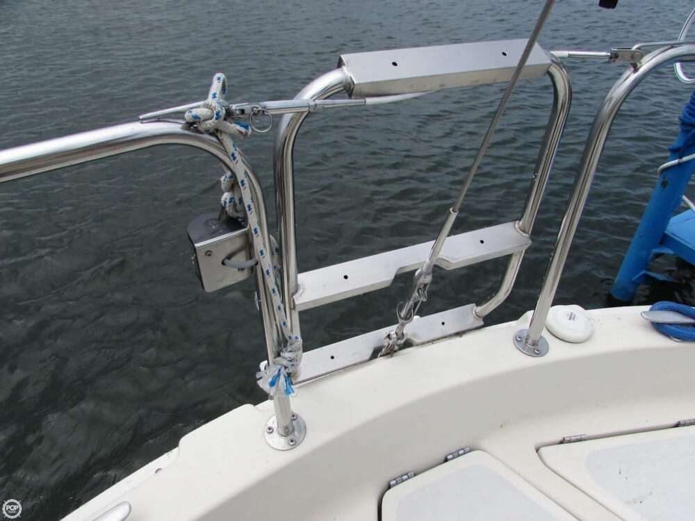 1985 Irwin boat for sale, model of the boat is 31 Citation & Image # 35 of 40