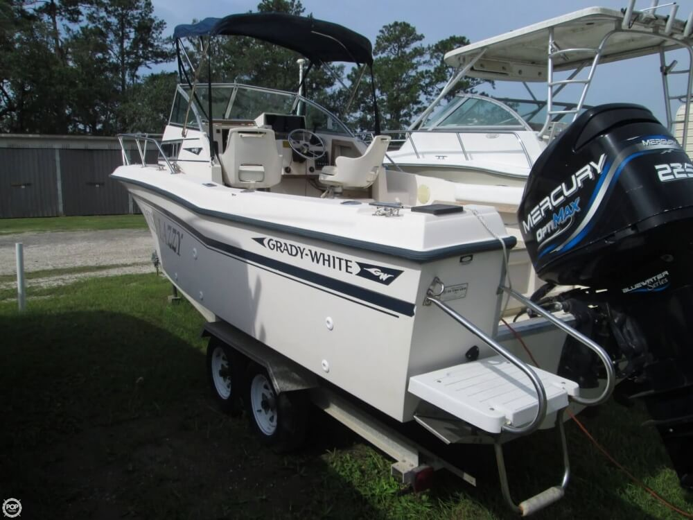 1992 Grady-White boat for sale, model of the boat is Seafarer 226 & Image # 7 of 40