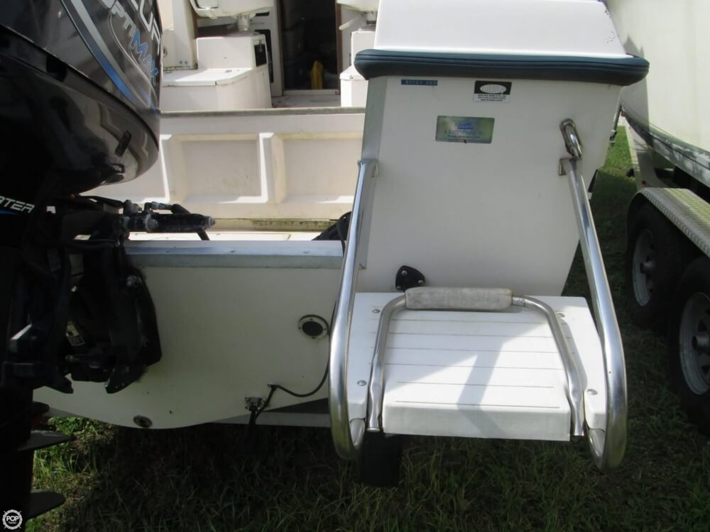 1992 Grady-White boat for sale, model of the boat is Seafarer 226 & Image # 16 of 40