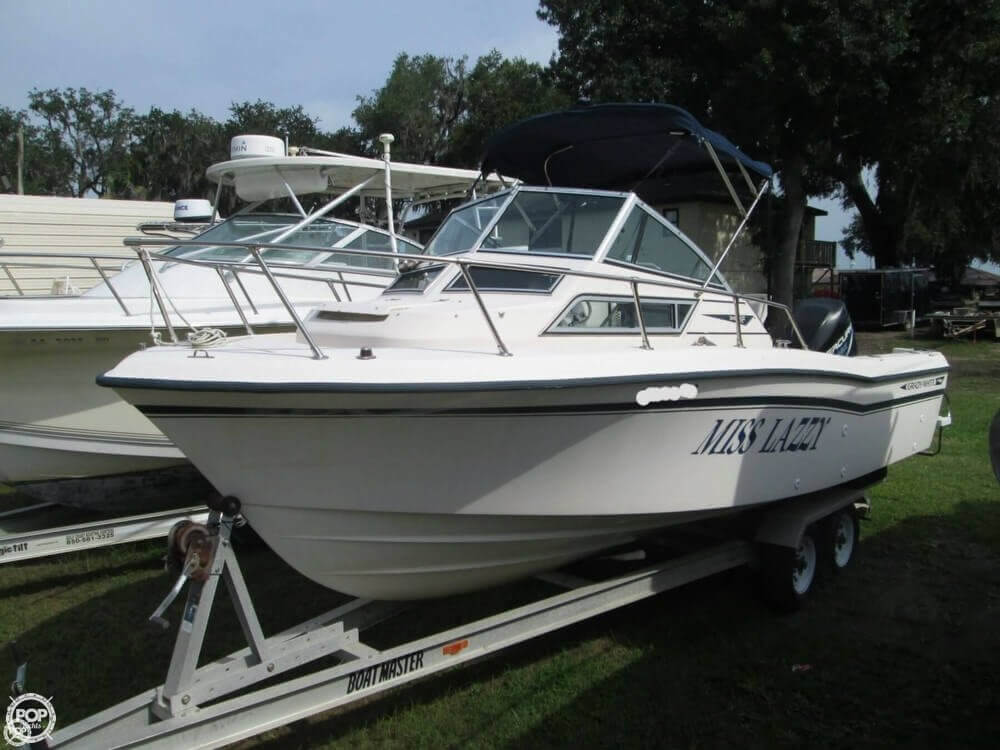 1992 Grady-White boat for sale, model of the boat is Seafarer 226 & Image # 2 of 40