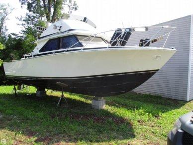 Bertram 28 Flybridge Cruiser, 28', for sale - $25,600