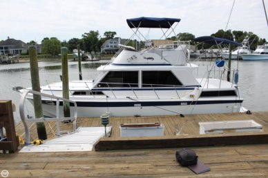 Uniflite 36 Double Cabin, 36', for sale - $24,990