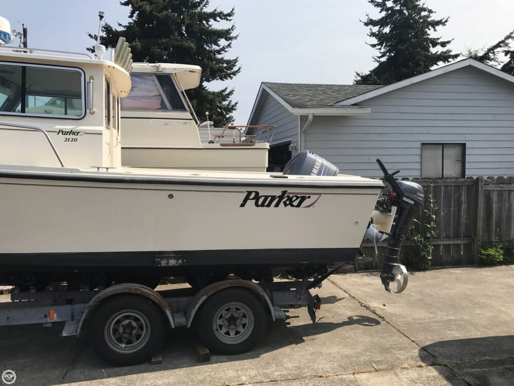 2004 Parker Marine 2120 SC Sport Cabin For Sale