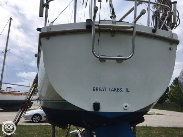 1987 Catalina Yachts boat for sale, model of the boat is 27 & Image # 4 of 13