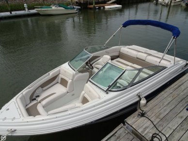 Crownline 215 SS, 21', for sale - $25,000