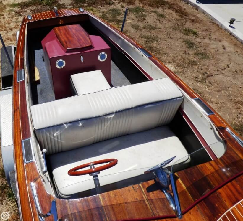 1947 Chris-Craft 17 Deluxe Runabaout For Sale