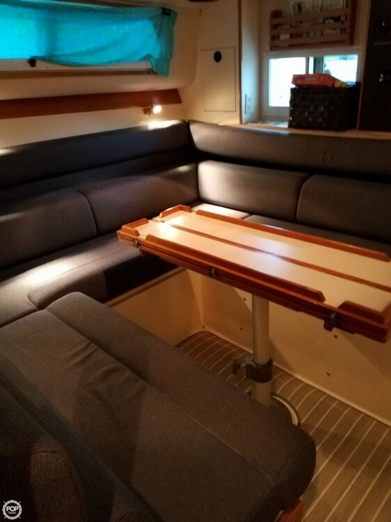 2000 Albin Yachts boat for sale, model of the boat is 32 & 2 & Image # 10 of 40