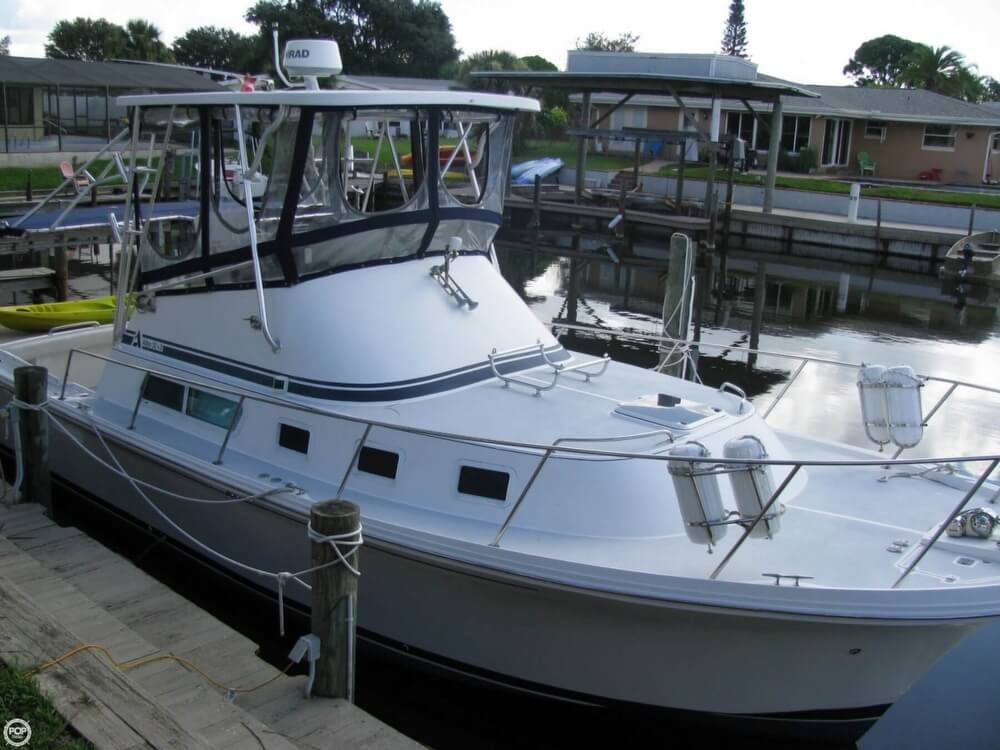 2000 Albin Yachts boat for sale, model of the boat is 32 & 2 & Image # 16 of 40