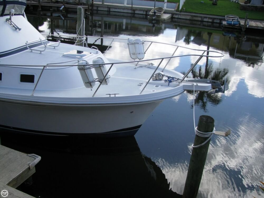 2000 Albin Yachts boat for sale, model of the boat is 32 & 2 & Image # 17 of 40