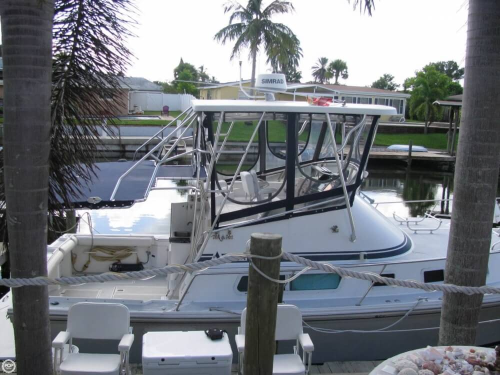 2000 Albin Yachts boat for sale, model of the boat is 32 & 2 & Image # 18 of 40