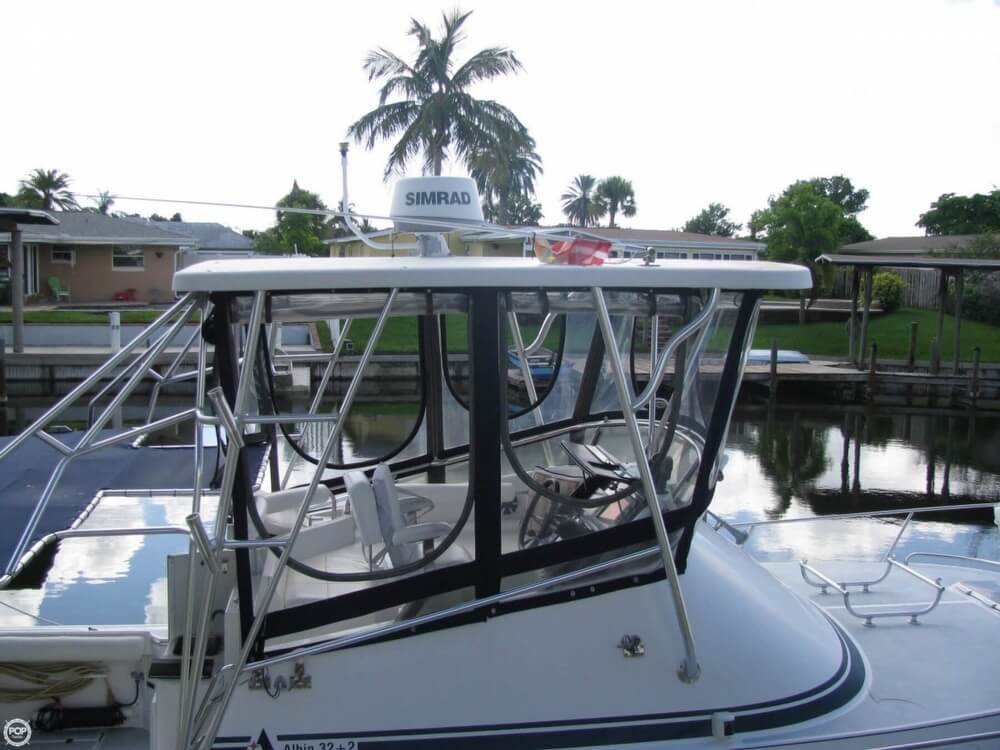 2000 Albin Yachts boat for sale, model of the boat is 32 & 2 & Image # 20 of 40