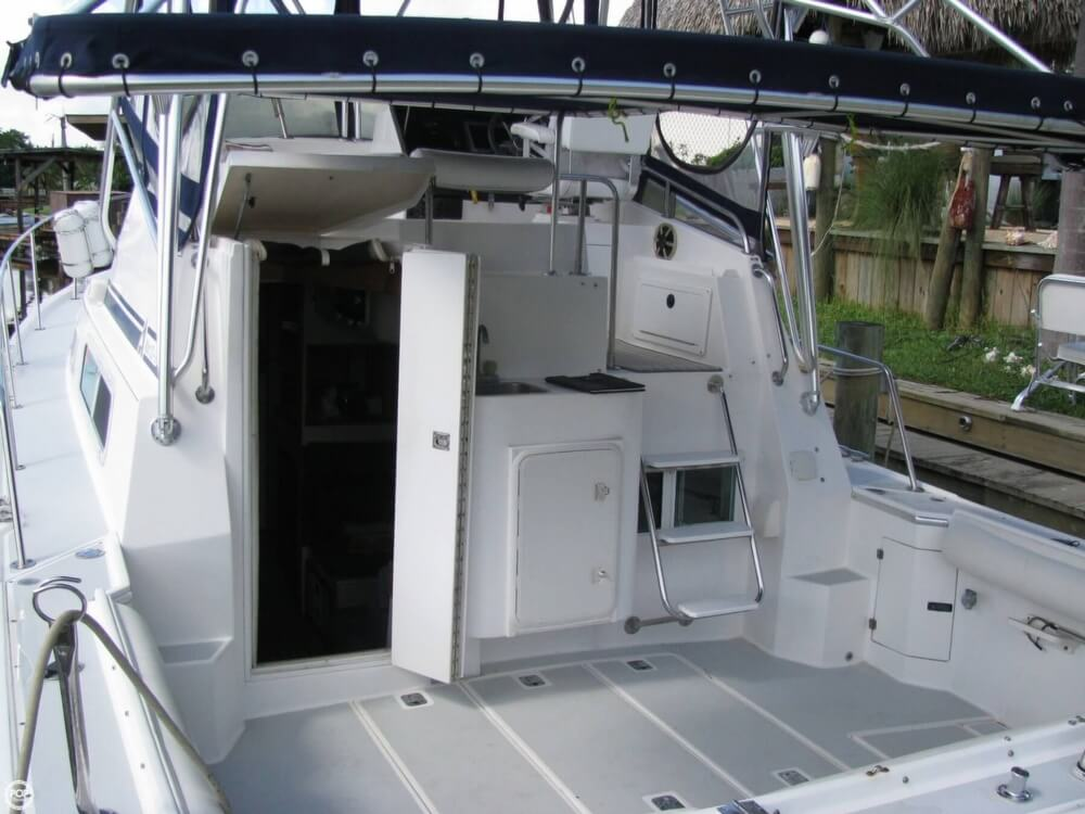 2000 Albin Yachts boat for sale, model of the boat is 32 & 2 & Image # 26 of 40