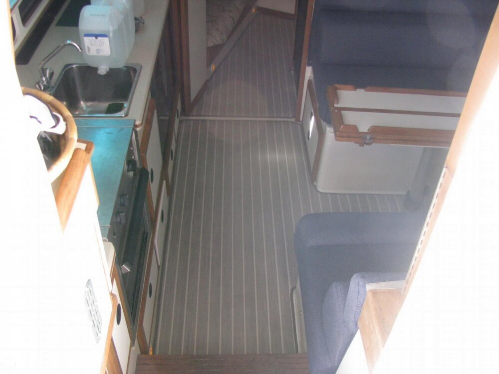2000 Albin Yachts boat for sale, model of the boat is 32 & 2 & Image # 33 of 40