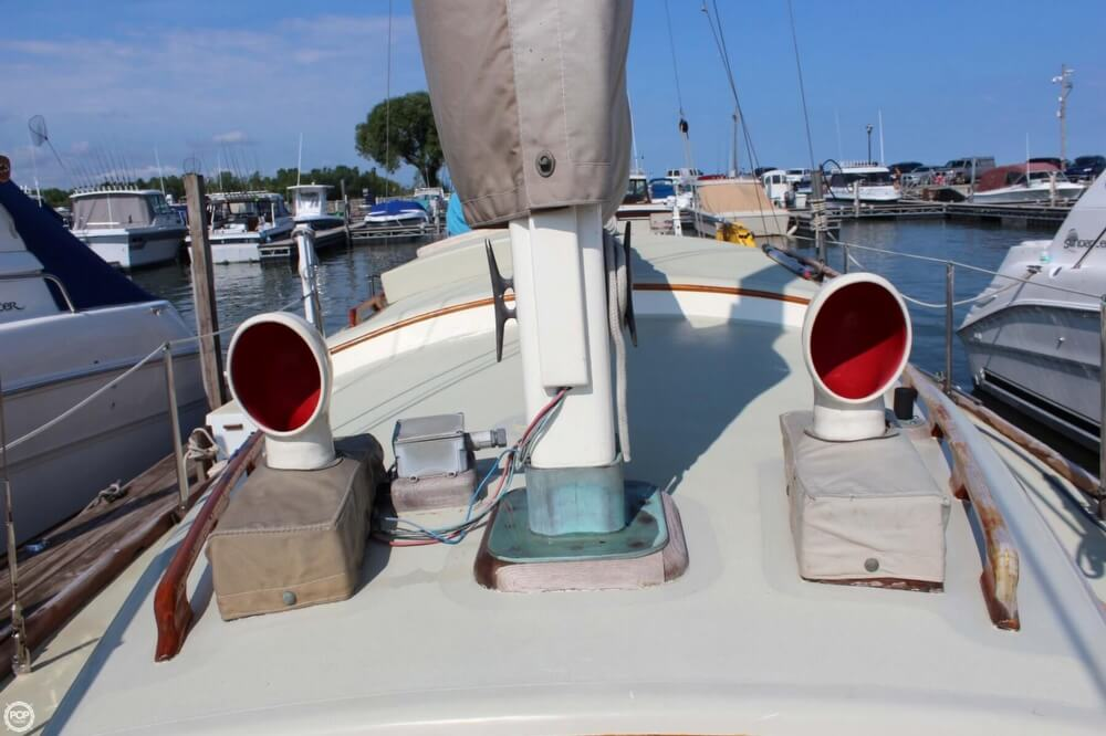 1970 Mariner boat for sale, model of the boat is 31 & Image # 34 of 40