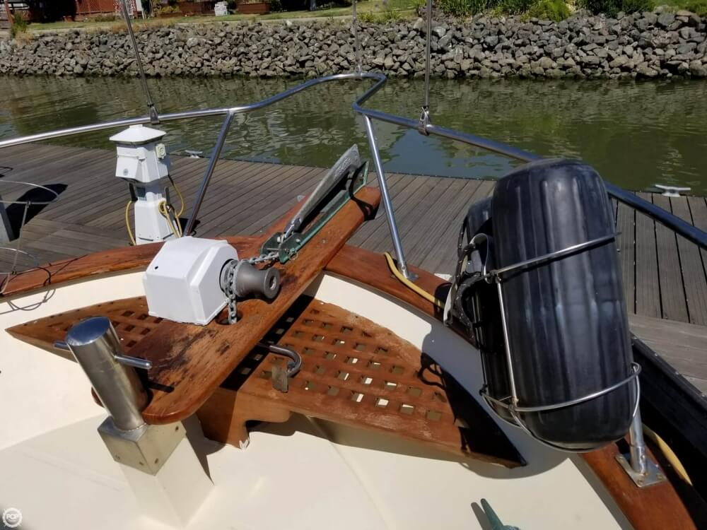 1985 Chien Hwa boat for sale, model of the boat is 35 & Image # 16 of 40