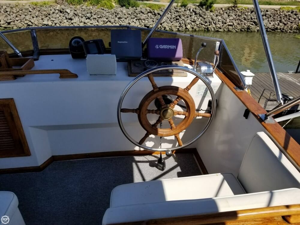1985 Chien Hwa boat for sale, model of the boat is 35 & Image # 29 of 40