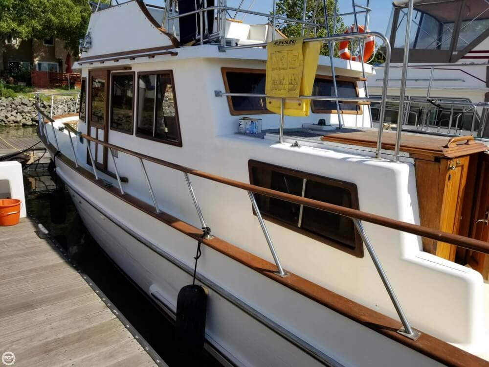 1985 Chien Hwa boat for sale, model of the boat is 35 & Image # 2 of 40