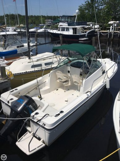 Trophy 2002, 21', for sale - $15,000