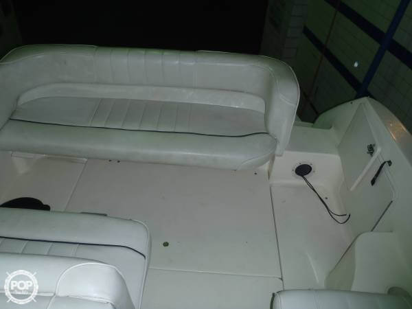 1996 Sea Ray boat for sale, model of the boat is 240 Sundancer & Image # 17 of 40