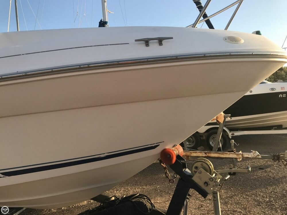 1996 Sea Ray boat for sale, model of the boat is 240 Sundancer & Image # 32 of 40