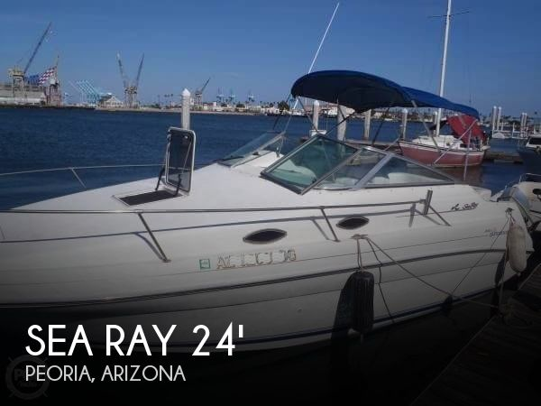 1996 Sea Ray boat for sale, model of the boat is 240 Sundancer & Image # 1 of 40