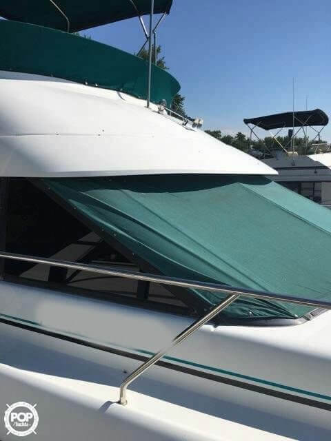1993 Silverton boat for sale, model of the boat is 37 Convertible & Image # 4 of 15