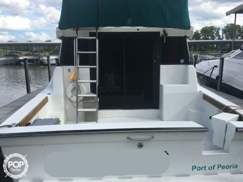 1993 Silverton boat for sale, model of the boat is 37 Convertible & Image # 9 of 15