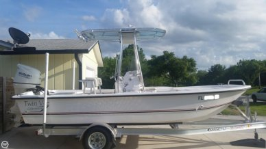Twin Vee Bay Cat 190, 18', for sale - $26,500