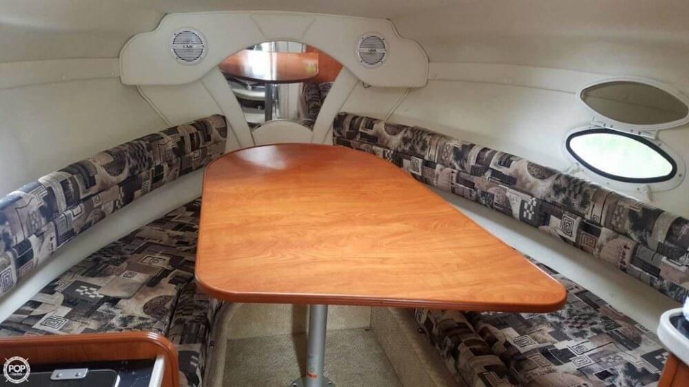 2006 Rinker boat for sale, model of the boat is 250 Fiesta Vee & Image # 5 of 12