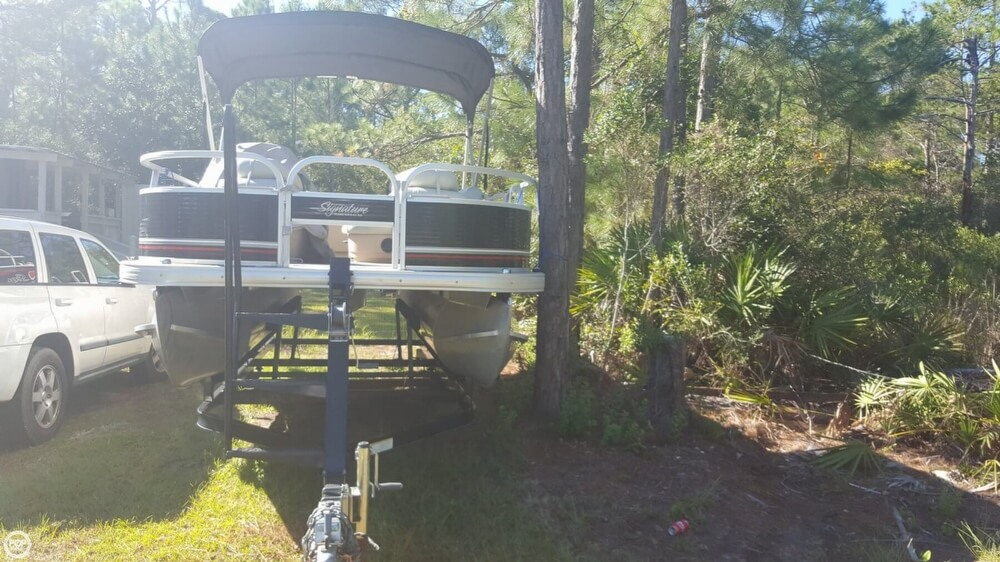 2012 Sun Tracker boat for sale, model of the boat is 18 DLX Bass Buggy & Image # 11 of 41