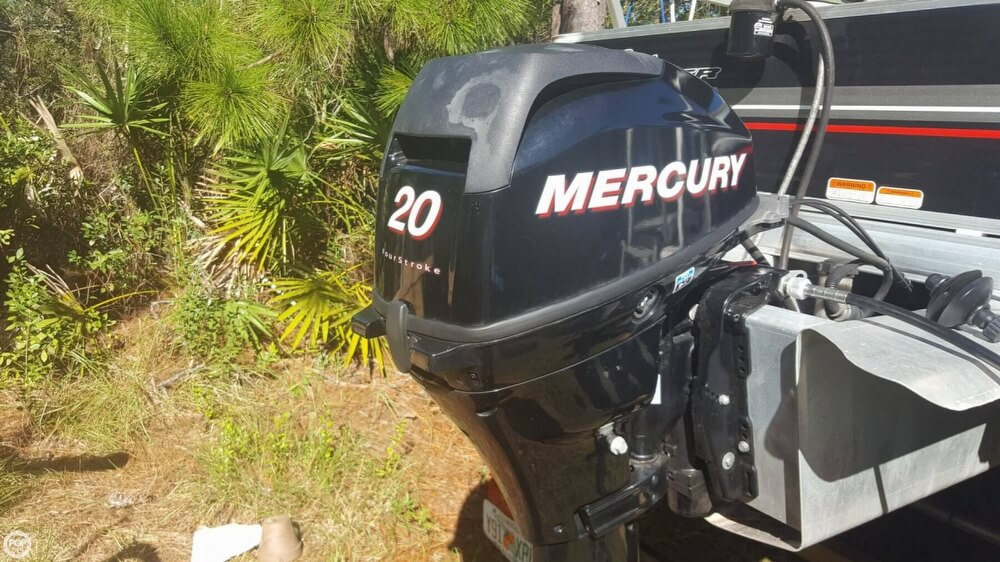 2012 Sun Tracker boat for sale, model of the boat is 18 DLX Bass Buggy & Image # 15 of 41