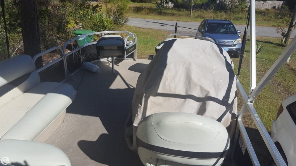 2012 Sun Tracker boat for sale, model of the boat is 18 DLX Bass Buggy & Image # 29 of 41