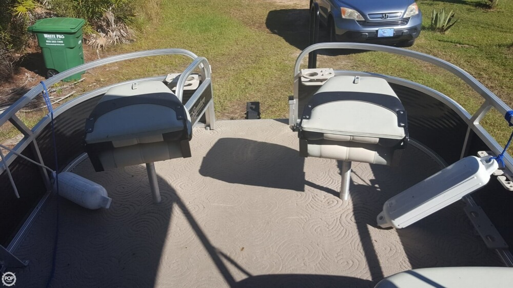 2012 Sun Tracker boat for sale, model of the boat is 18 DLX Bass Buggy & Image # 36 of 41