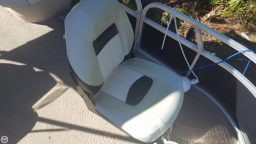 2012 Sun Tracker boat for sale, model of the boat is 18 DLX Bass Buggy & Image # 41 of 41