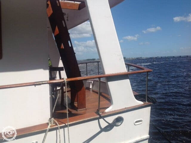 1983 Marine Trader boat for sale, model of the boat is Tortuga 50 & Image # 8 of 40