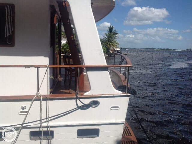 1983 Marine Trader boat for sale, model of the boat is Tortuga 50 & Image # 11 of 40