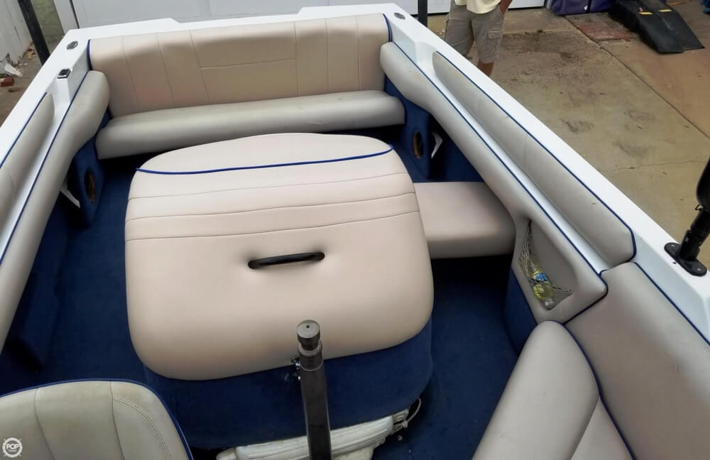 2001 Calabria boat for sale, model of the boat is 20 Laguna & Image # 11 of 40